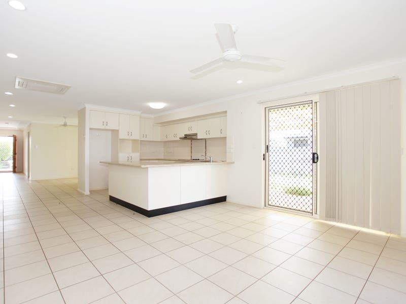 49 Jasmine Drive, Blacks Beach, Qld 4740