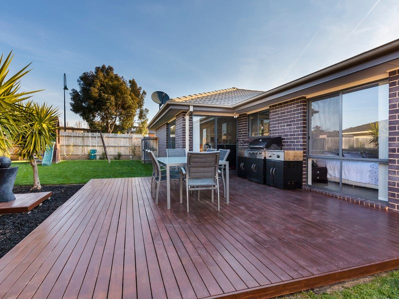 121 Eccles Circuit, MacGregor, ACT 2615