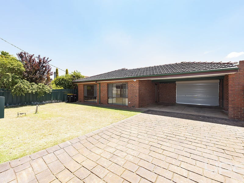 12 Socrates Way, Rockbank, Vic 3335