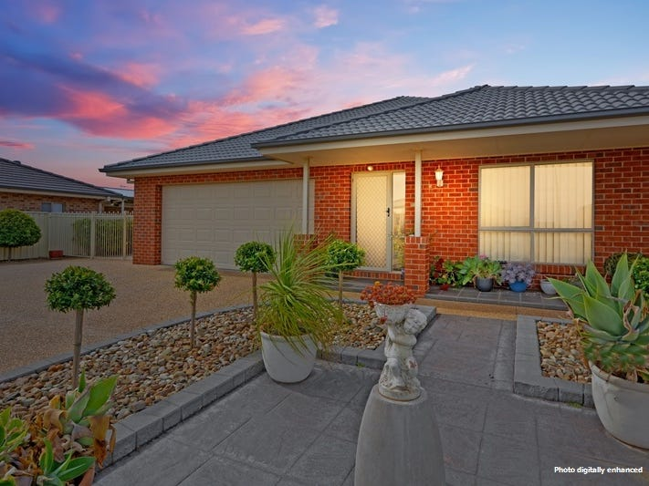 5 Hopbush Crescent, Griffith, NSW 2680