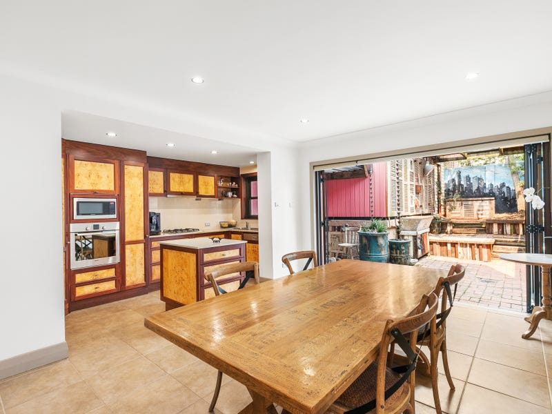 81 Railway Street, Cooks Hill, NSW 2300
