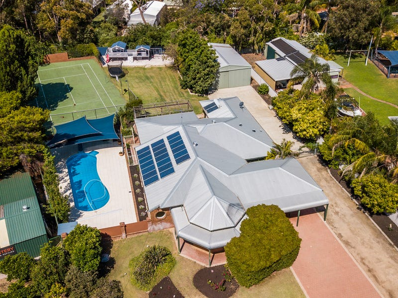 8 Exeter Place, Greenfields, WA 6210
