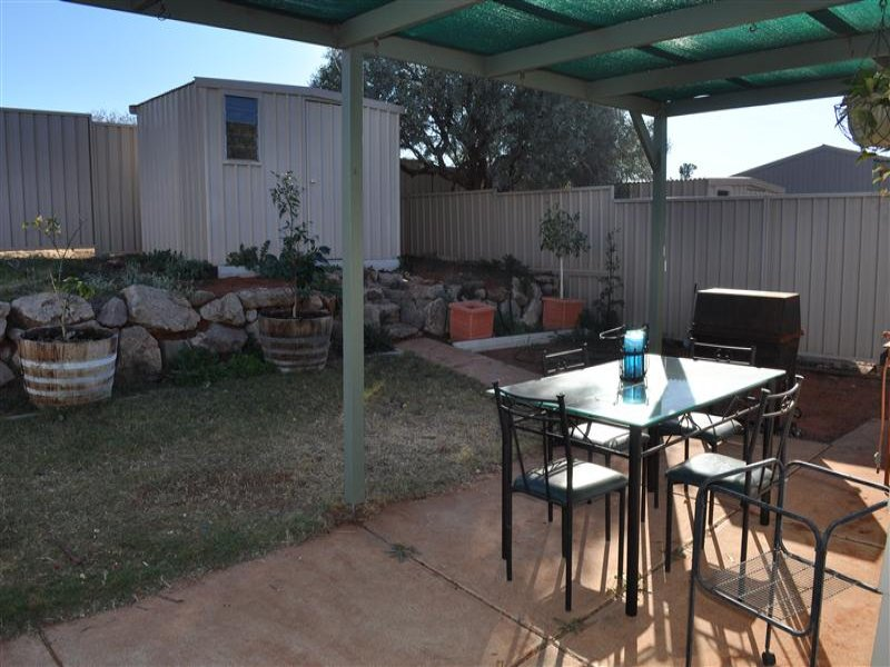 117A Stuart Road, Roxby Downs