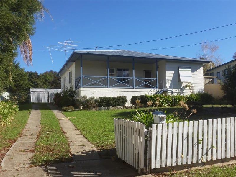 91 Lynch Street, Adelong, NSW 2729