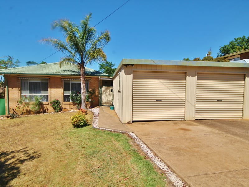 26 Cowper Street, Young, NSW 2594
