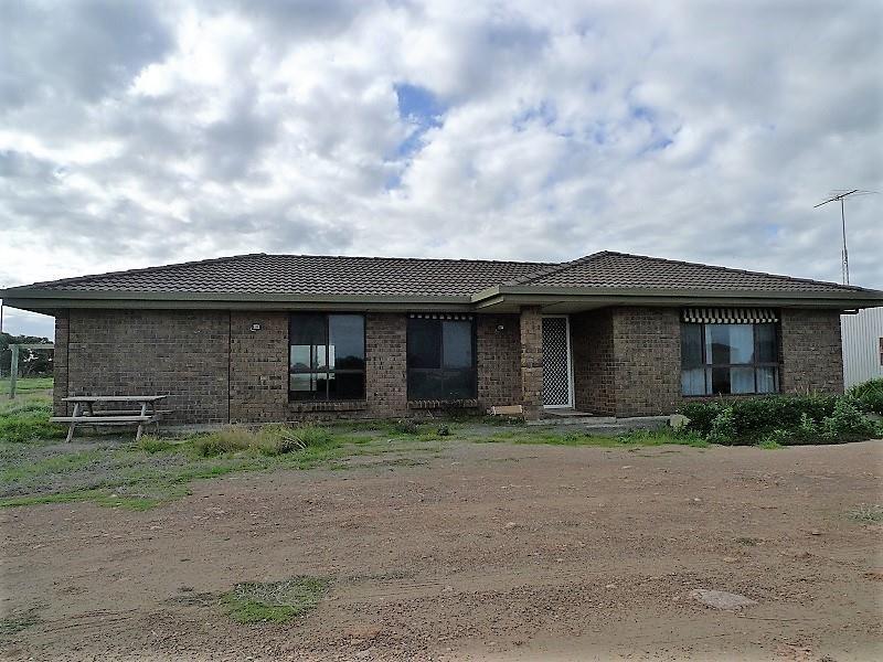 225 Investigator Drive, Port Victoria, SA 5573