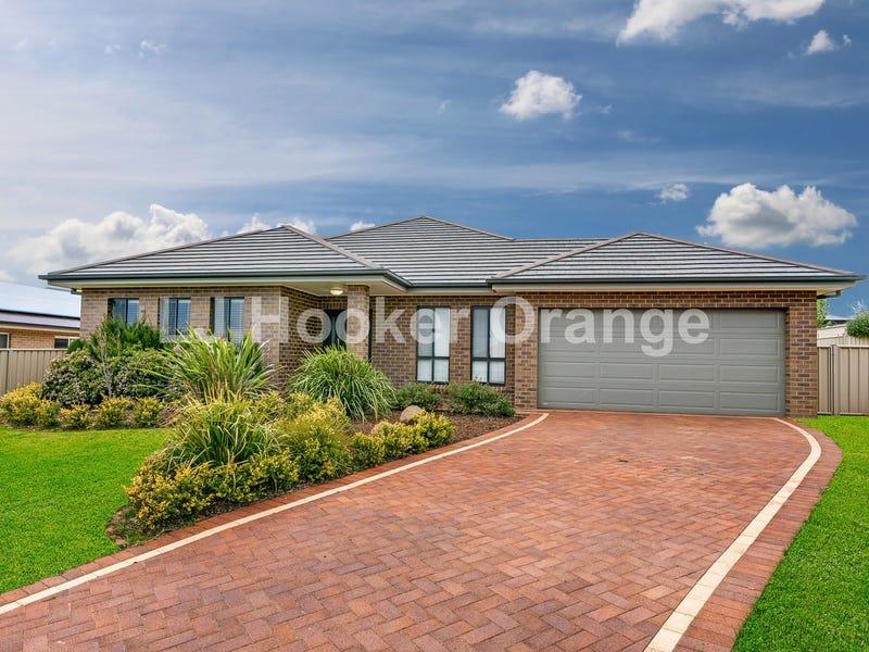 2 Row Close, Orange, NSW 2800