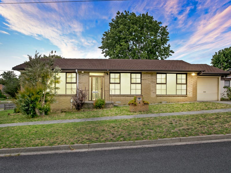 2 Meerlu Avenue, Frankston, Vic 3199