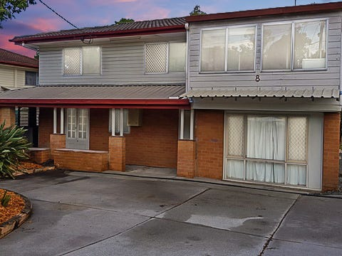 8 Curry Street, Logan Central