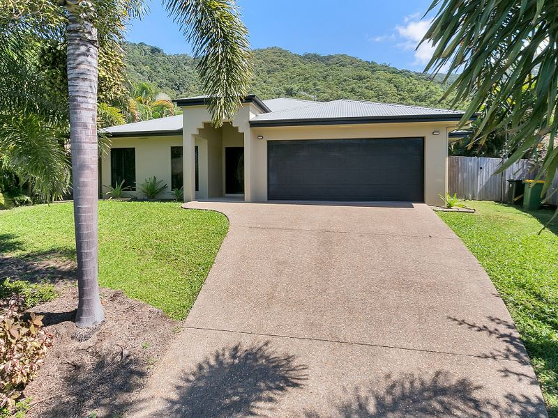 10 Cocus Cres, Palm Cove, Qld 4879