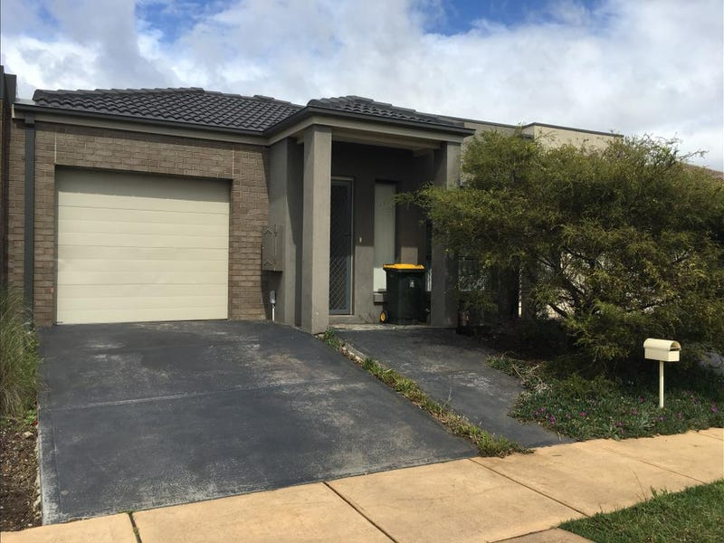 2/1 Beaurepaire Drive, Point Cook, Vic 3030
