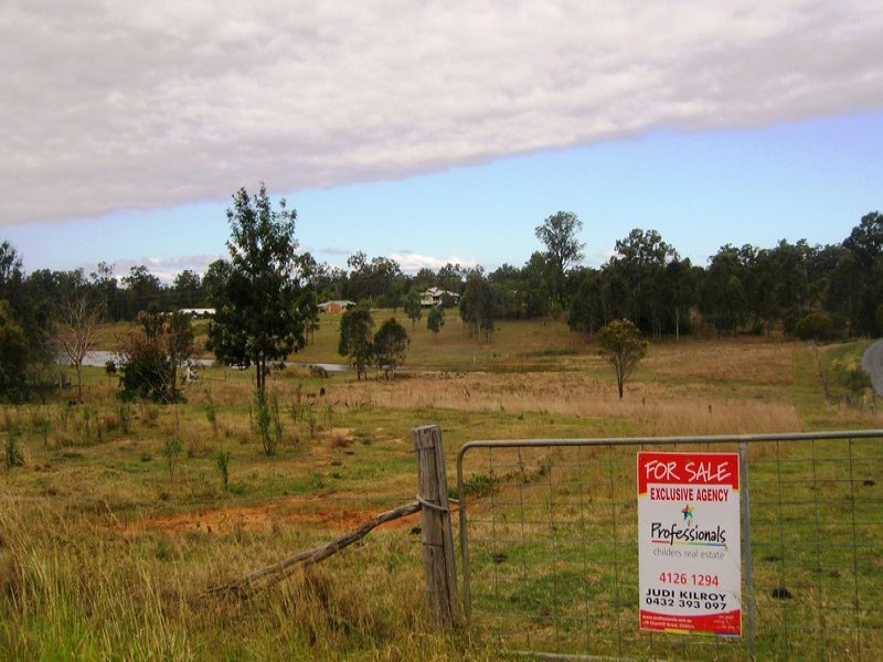 33 Lakeview Drive, Childers, Qld 4660