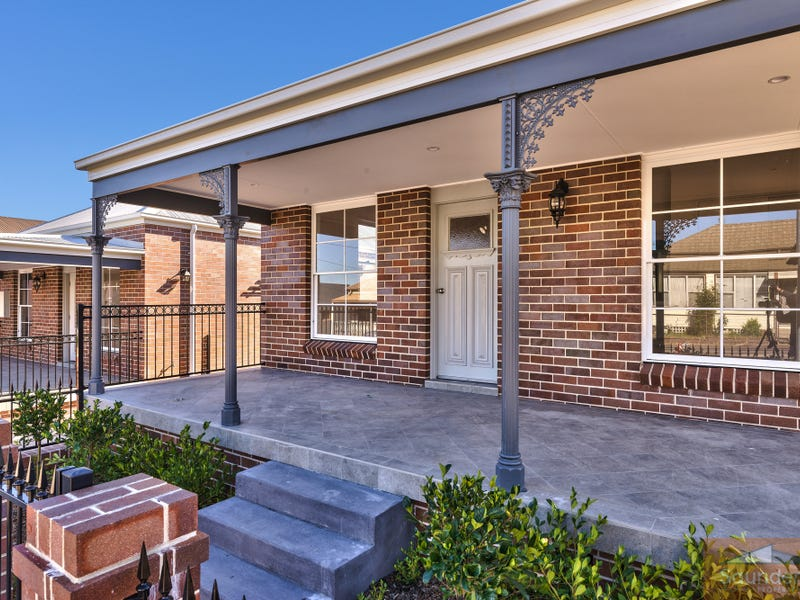 12 Elizabeth St, Tighes Hill, NSW 2297