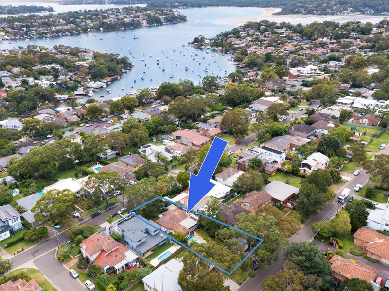 11 Cecil Street, Caringbah South, NSW 2229