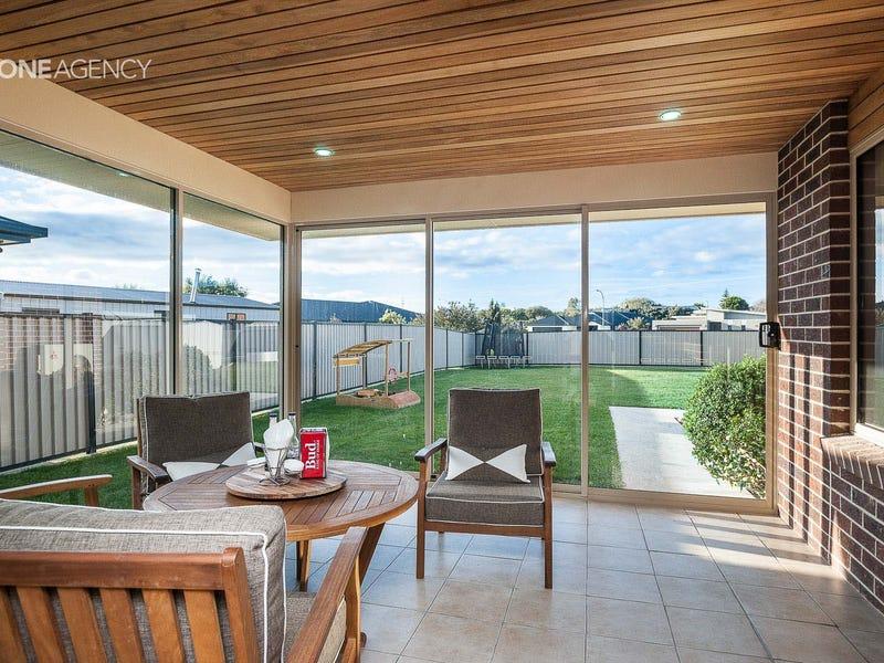 16 Sandy Crescent, Wynyard, Tas 7325