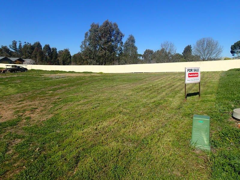 12 Ash Avenue, Corowa, NSW 2646