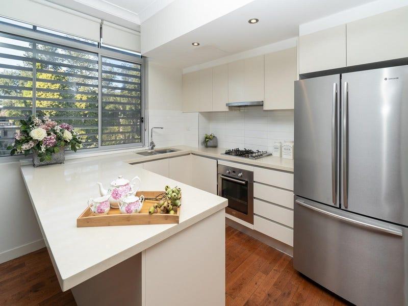 304/1-3 Sturt Place, St Ives, NSW 2075
