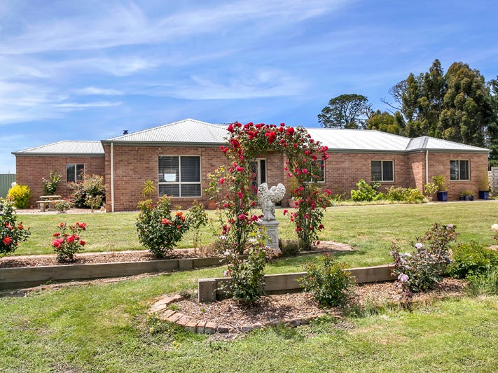 788 Elaine-Mount Mercer Road, Elaine, Vic 3334