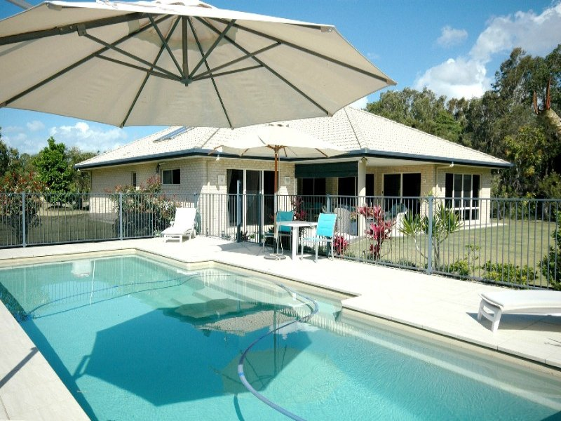 15 Arkarra Court, Dundowran Beach, Qld 4655