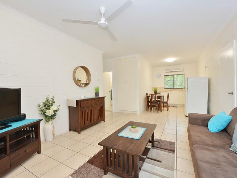 1/13-15 Harris Street, Parramatta Park, Qld 4870
