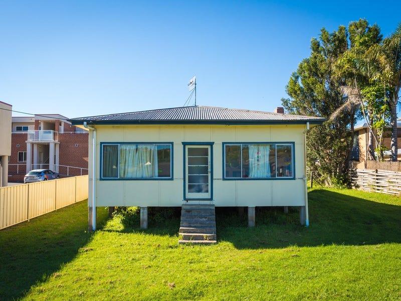 10 Sapphire Coast Drive, Merimbula, NSW 2548
