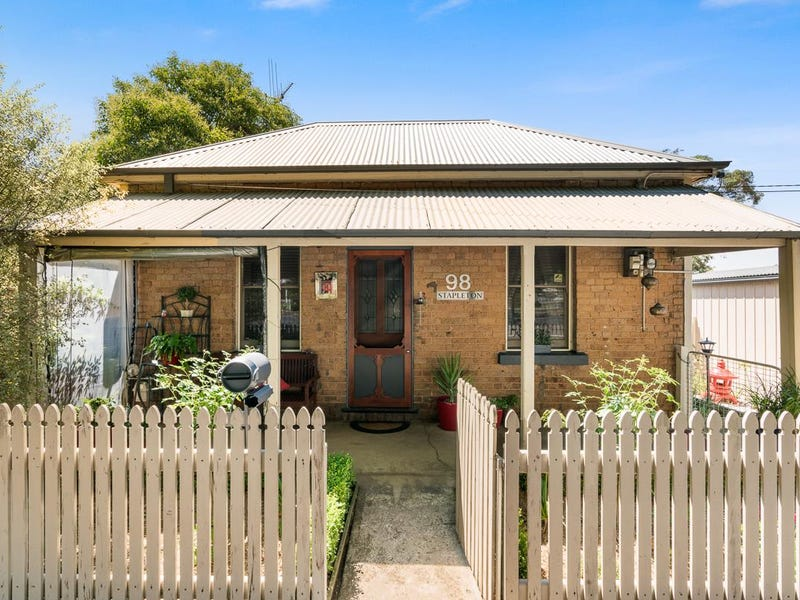 98 Mclachlan St, Orange, NSW 2800