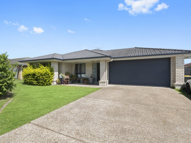 8 Peggy Road, Bellmere, Qld 4510