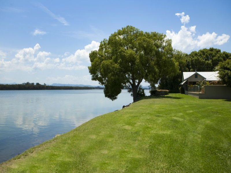 Address available on request, Oxley Island, NSW 2430
