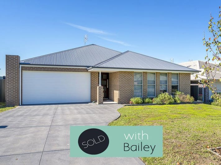 42 Broomfield Crescent, Singleton, NSW 2330