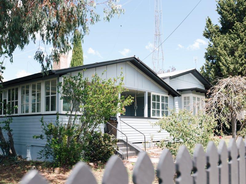 169 High Street, Tenterfield, NSW 2372