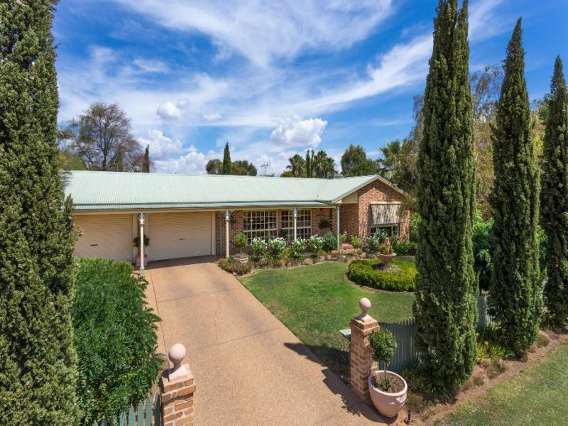 15 Horseshoe Rd, Cartwrights Hill, NSW 2650