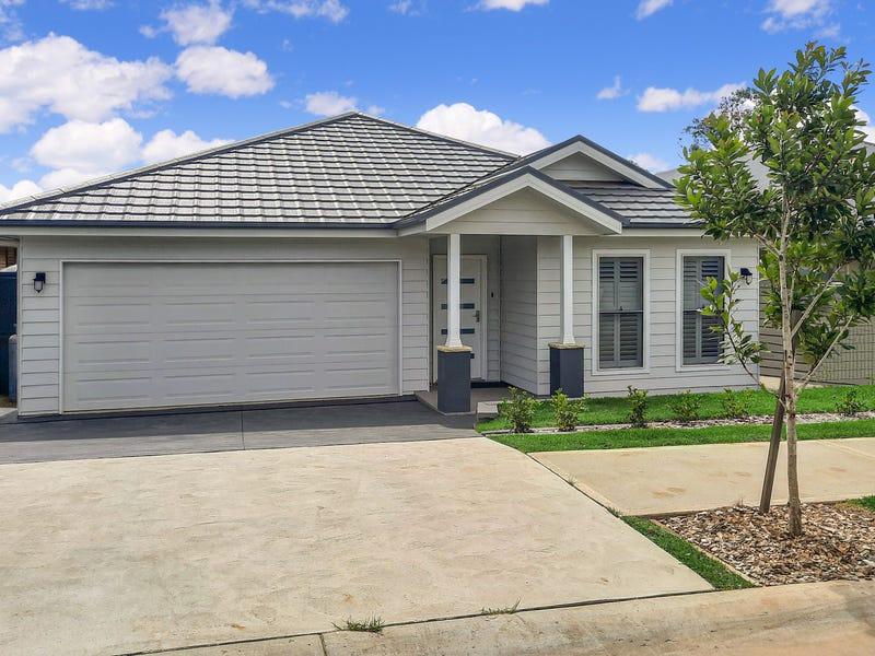 9042 Arena Street, Spring Farm, NSW 2570