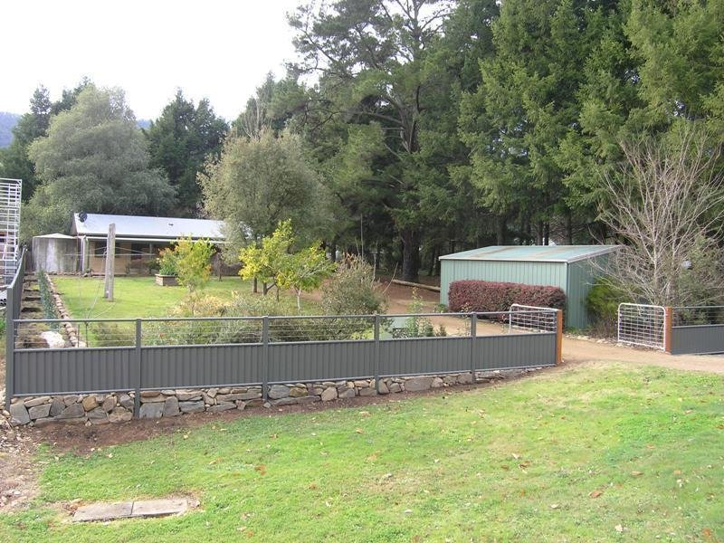 943 Great Alpine Road, Freeburgh, Vic 3741