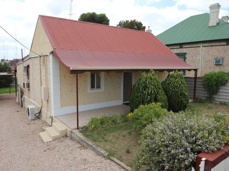 33 Milne Terrace, Moonta, SA 5558