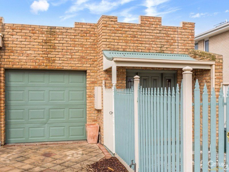 49B New Street, South Kingsville, Vic 3015