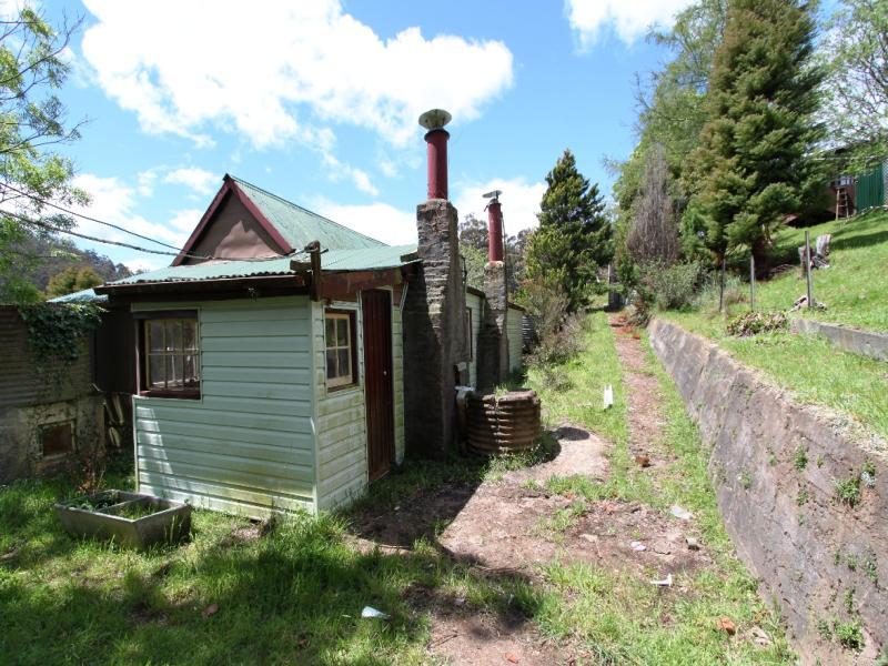 97 Narrawa Rd, Wilmot, Tas 7310