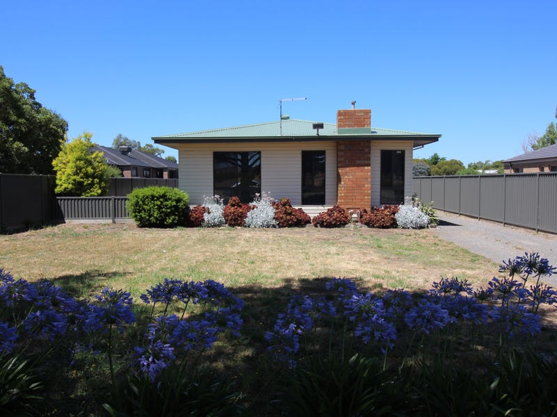 Address available on request, Miners Rest, Vic 3352