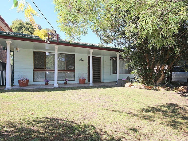 17 Elizabeth Avenue, Lemon Tree Passage, NSW 2319