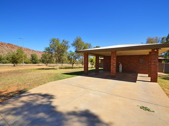 1 THE LINKS, Desert Springs, NT 0870