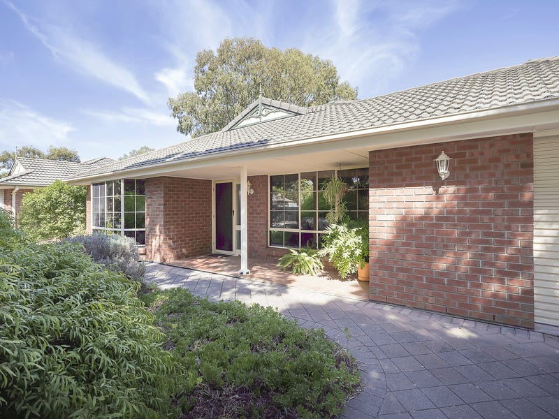 8 Kew Drive, Oakden, SA 5086