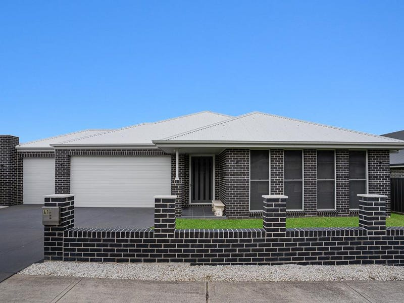 41 Mallon Avenue, Horsley, NSW 2530