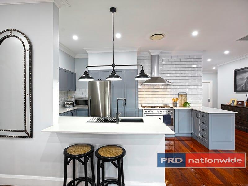 32 Ladbury Avenue, Penrith, NSW 2750