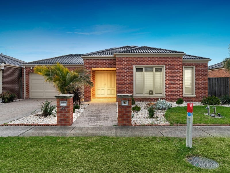 37 Charlbury Crescent, Cranbourne North, Vic 3977