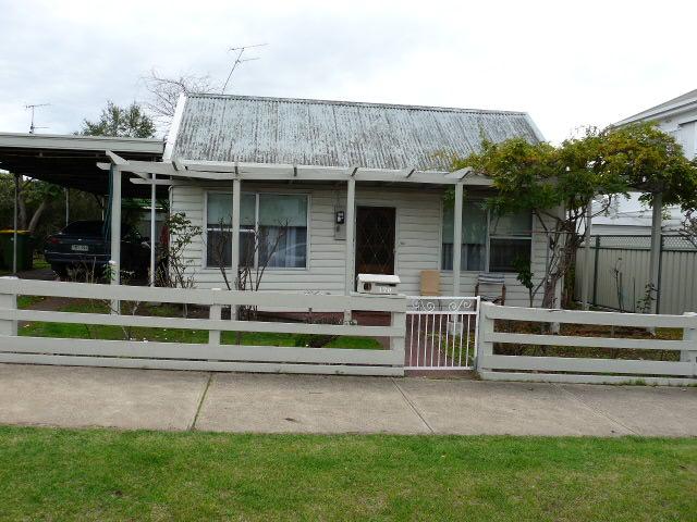170  Henty Street, Casterton, Vic 3311