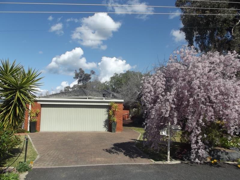 62 Carey Street, Tumut, NSW 2720