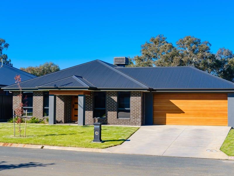 19 Lankester Court, Thurgoona, NSW 2640