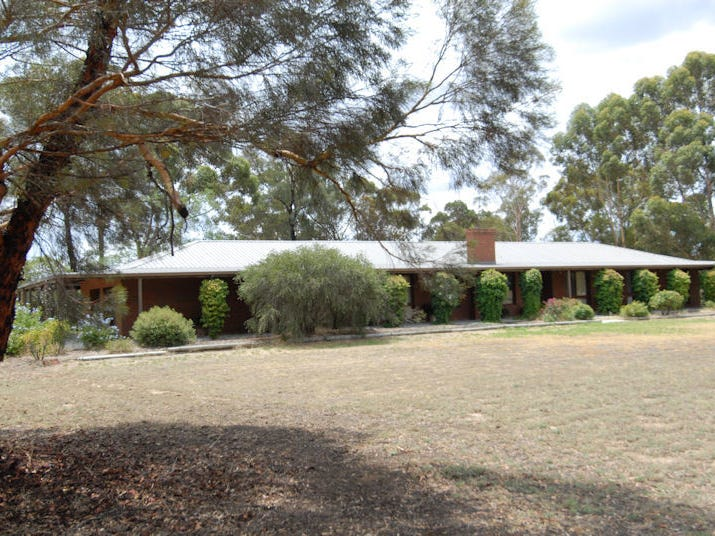 189 Blackett Street, Deniliquin, NSW 2710