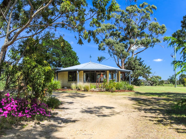 704 Longford-Loch Sport Road, Longford, Vic 3851