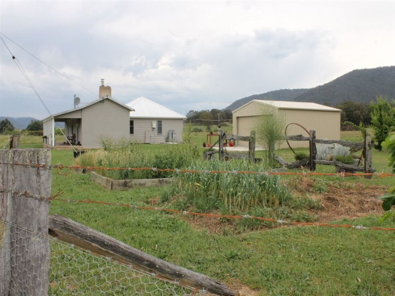 21 Majors Creek Mountain Road, Araluen, Braidwood, NSW 2622