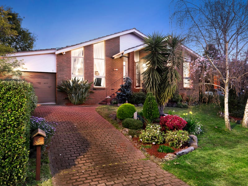 5 Buvelot Wynd, Doncaster East, Vic 3109